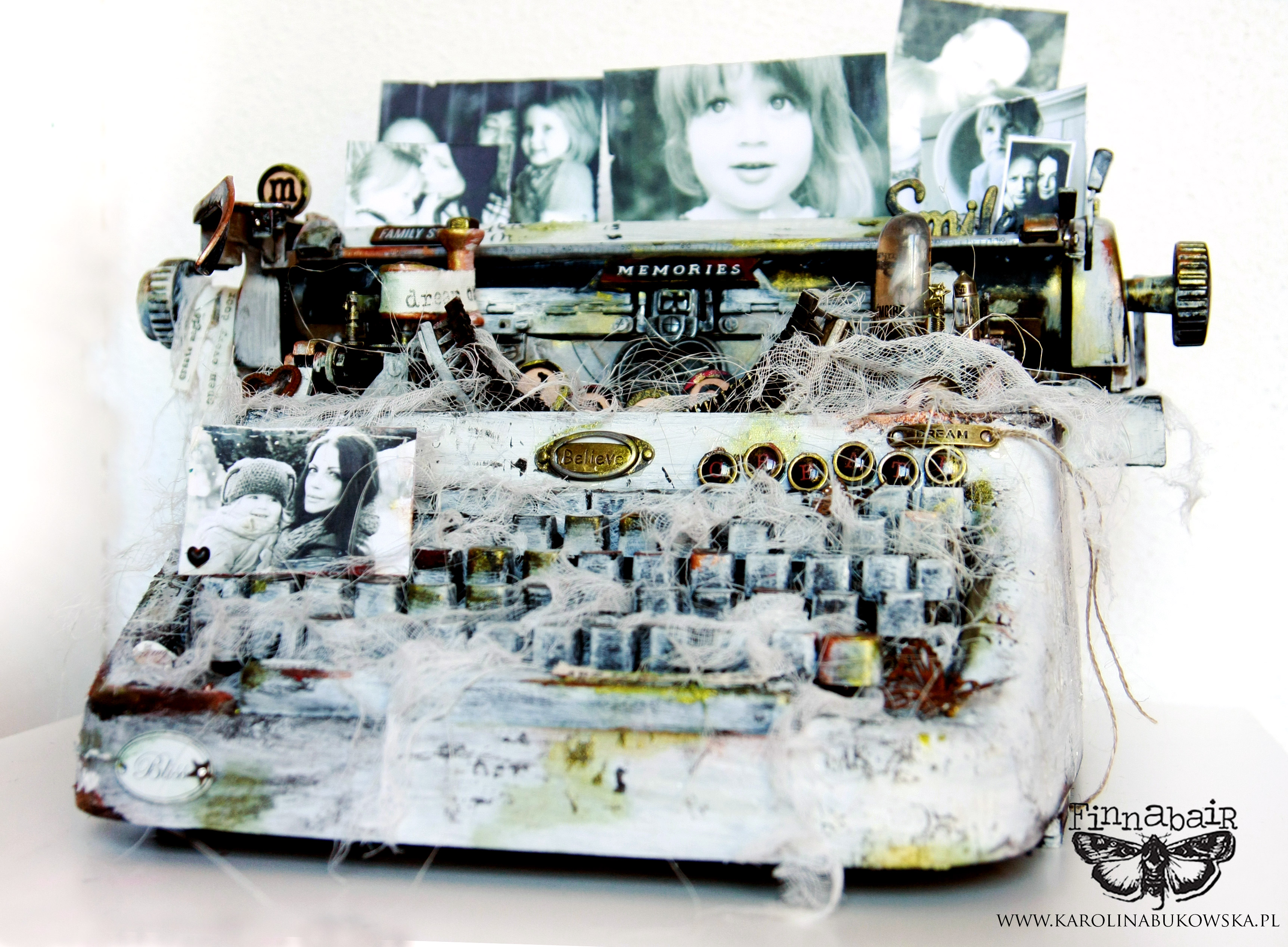 Heart of My Home – typewriter for Finnabair